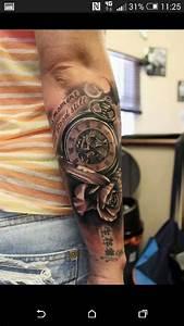 Tatouage Montre A Gousset Avant Bras : pingl par f sur montre gousset tattoo pinterest tatouage tatouage horloge et tatouage montre ~ Carolinahurricanesstore.com Idées de Décoration