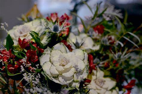 cuisiner du choux fleur composition florale avec chardon choux et alstroemeria