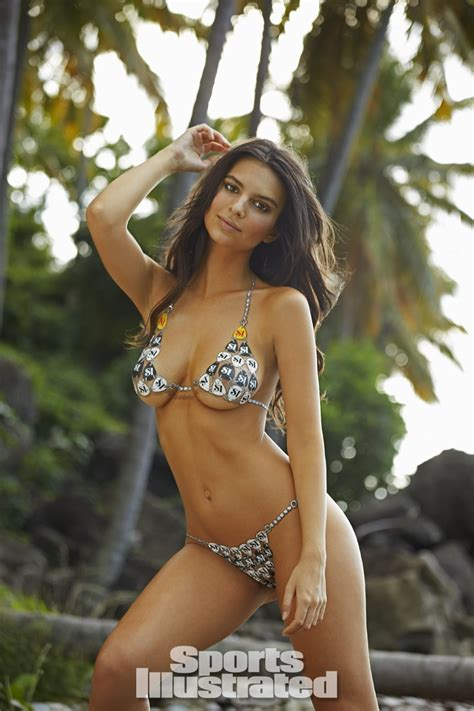 EMILY RATAJKOWSKI BODY PAINT ON SPORTS ILLUSTRATED ...