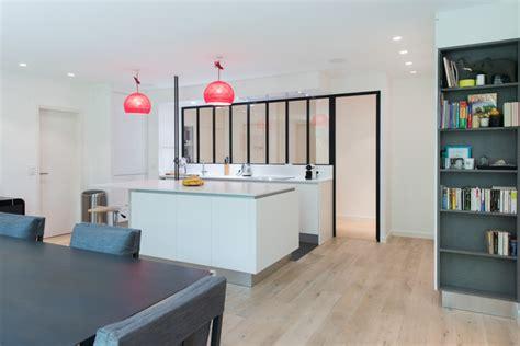 r 233 alisation d une cuisine ouvert avec 238 lot central dans une finition blanc mat moderne