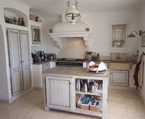 cuisine maison de cagne photo deco cuisine blanc cagne maison de cagne sud