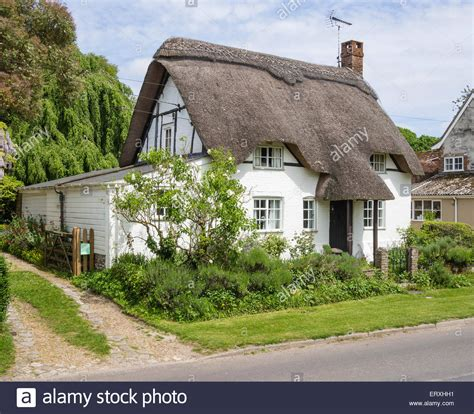 thatched cottage thatched cottage in the of martin hshire uk