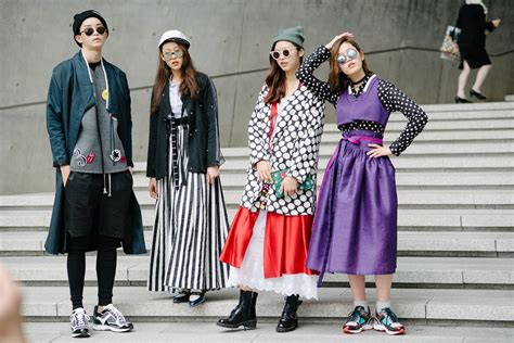 14 Traditional Style Home Decor Ideas That Are Still Cool: Street Style At Seoul Fashion 2014