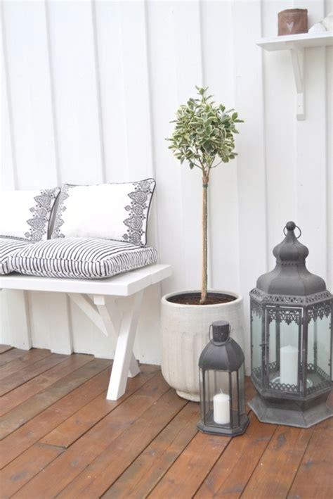 Gunstige Balkon Deko Ideen  Raum Und Möbeldesign Inspiration