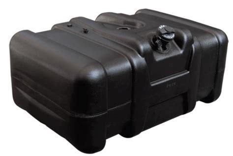 tanque combustivel plastico  mb   univ