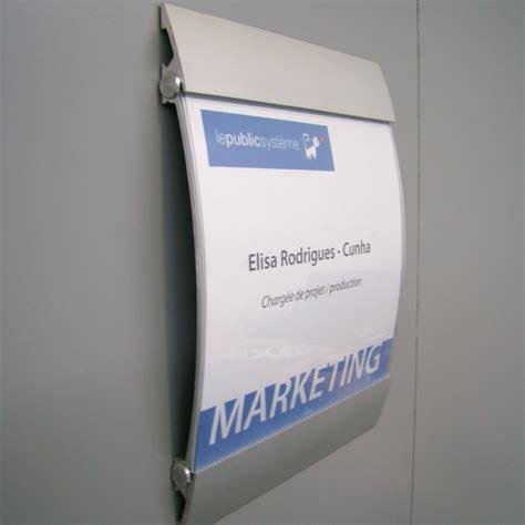 bureau en plexiglas caligraf panneau signaletique interieure