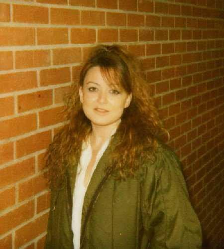 husband  death row inmate routier files  divorce