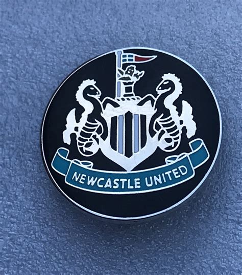 About 165 results (0.9 seconds). Newcastle United - Round Crest Design (5) - The Brummie ...