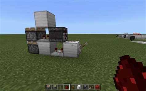 vertical double piston extender compact fast bedrock mcpe   minecraft redstone