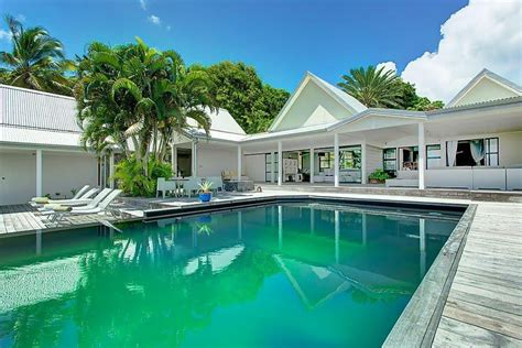 maison 3 chambres a vendre location guadeloupe villa de luxe avec piscine