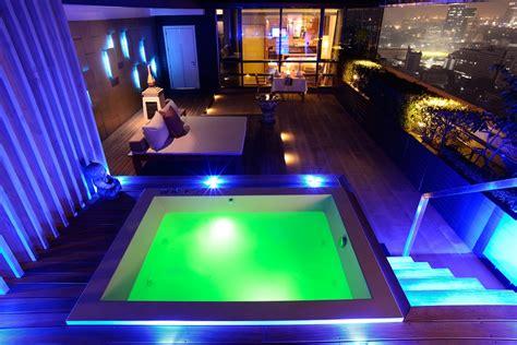 htel privatif pathumwan princess hotel place to stay near bangkok shopping malls asiastyleasia