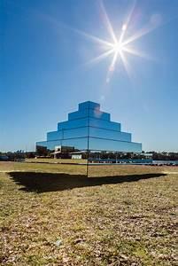 Mirrored ziggurat by shirin abedinirad art people gallery for Mirrored ziggurat