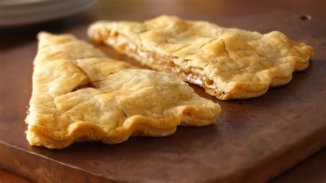 easy pies easy apple pie foldover recipe from pillsbury com
