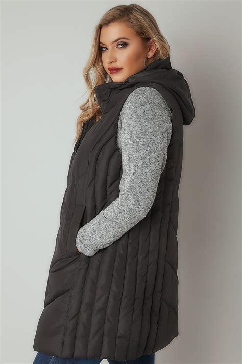 black padded chevron gilet  foldaway hood  size