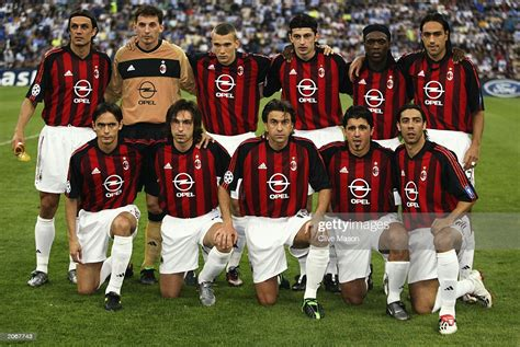 AC Milan players team line-up before the UEFA Champions ...