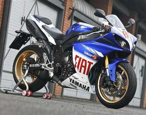 Yamaha R1 Fiat yamaha fiat r1