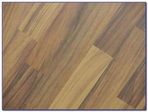 Floor transition strips tile to wood flooring home for How to replace hardwood floor strips
