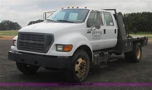 2000 Ford F650 Crew Cab Flatbed Truck