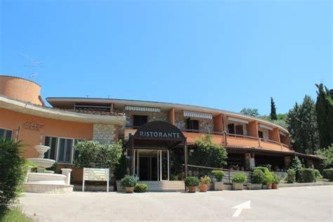 Hotel Il Gabbiano Passignano Sul Trasimeno - villaggio albergo il gabbiano hotel passignano sul