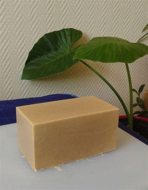 bain de si鑒e froid 17 meilleures idées à propos de savons faits maison sur cadeaux fabriqués à la barres de savon faites a la maison et savons