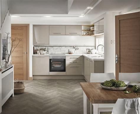 Greenwich Gloss Cashmere Kitchen   Universal Kitchens
