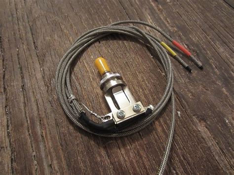 Amber Switchcraft Pre Wired Short Frame Way Toggle