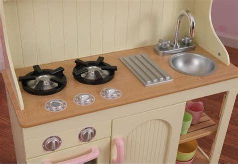 cuisine dinette bois la cuisine dinette en bois complet avec meuble de rangement