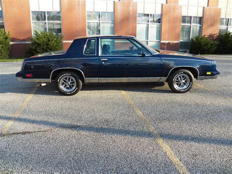1986 Oldsmobile Cutlass Salon Coupe 2-door 5.0l