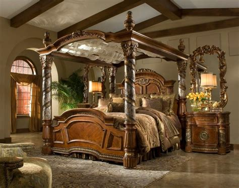 Bedroom. Victorian Style Brown Glaze Wooden Canopy Bed