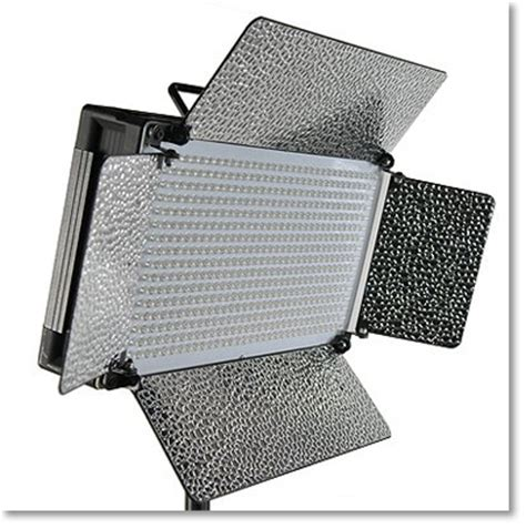 continuous lighting vs strobe continuous lighting in the form of led lights