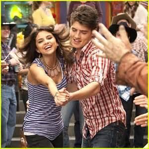 Selena Gomez & Gregg Sulkin: Do-Si-Do Dancers   David ...
