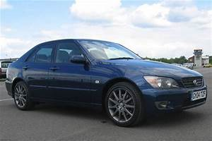 Lexus Is 200 Sport 2004 Road Test