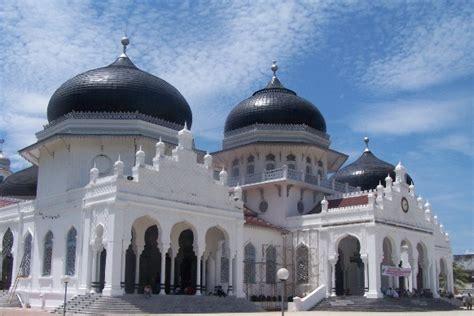 mesjid raya baiturrahman aceh icon wisata islami kota