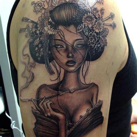 Tatouage Geisha  37 Exemples De Tattoo Pour Trouver Le Sien