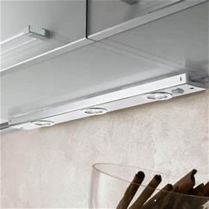 Küchen Unterbauleuchte Mit Steckdose : k chenunterbauleuchten click ~ Markanthonyermac.com Haus und Dekorationen