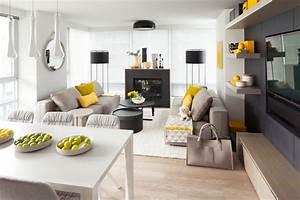 salon couleur taupe gris anthracite ou gris clair With tapis jaune avec canape charme d interieur