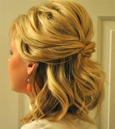 Coiffure Mariage Cheveux Mi Longs Photo Coiffure Mariage Une Demi Queue 233 L 233 Gante Pour Cheveux Mi Longs