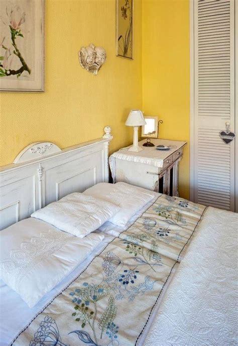 chambre adulte bleue peinture murale quelle couleur choisir chambre à coucher