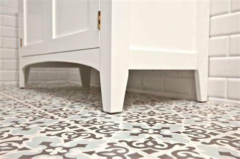 patterned bathroom floor tiles tantalising tiling