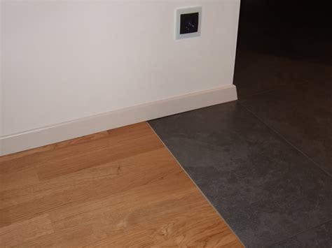Fliesen Und Holzboden In Einem Raum?