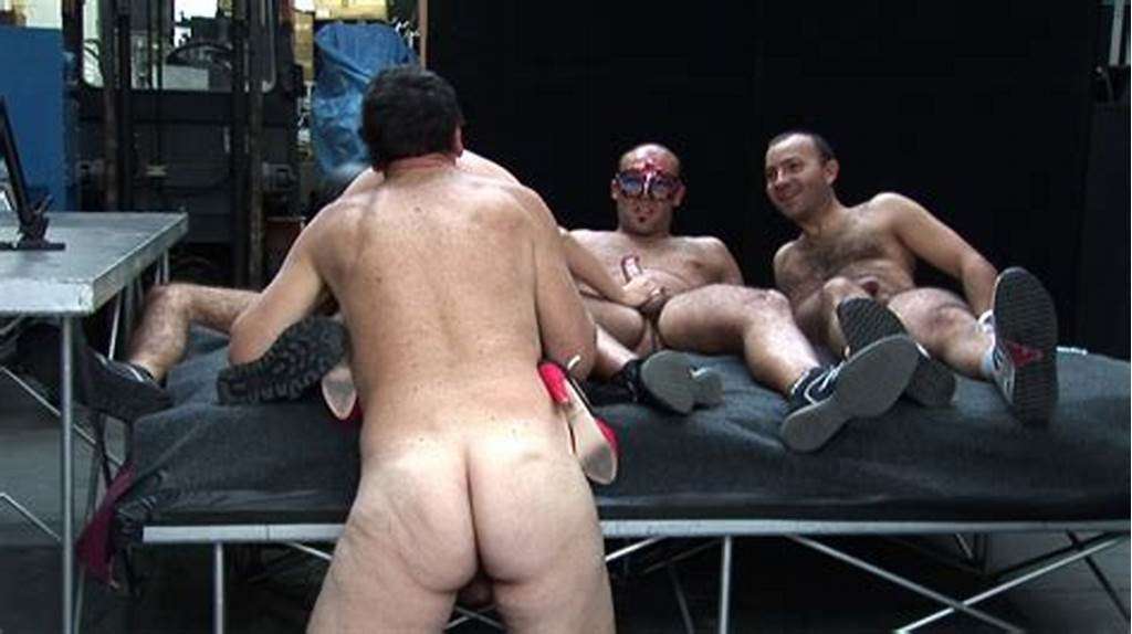 #Showing #Porn #Images #For #Leather #Gangbang #Porn