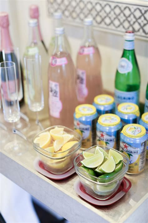 Apartment Warming Food Ideas by How To Throw A Great Housewarming