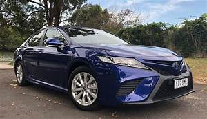 2020 Toyota Camry Hybrid Owners Manual