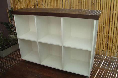 mueblemesada color blanco  ruedas amplios estantes