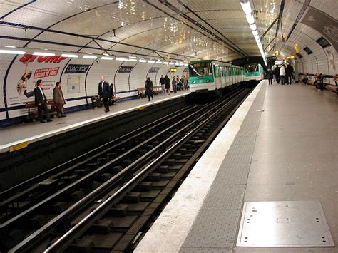 porte de versailles metro ligne 12 ligne 12 du m 233 tro de wikip 233 dia
