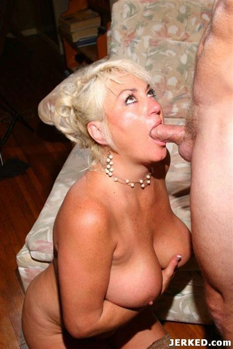 Hardcore Blonde Milf Fucking And Sucking A Big Young Cock Pichunter