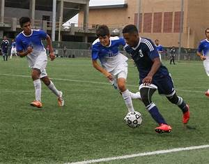 Men's soccer earns first conference victory – El Camino ...