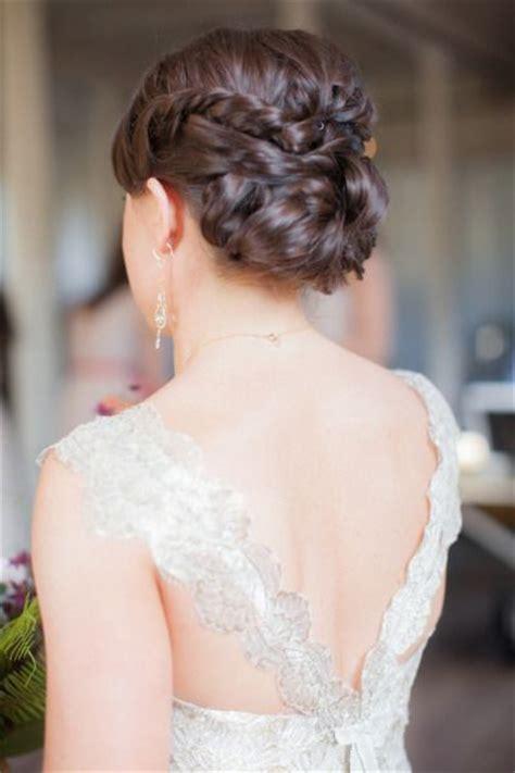 bridal hairstyles   romantic glam  deer pearl