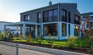Holzhaus Kosten Schlüsselfertig : passivhaus mit smart home steuerung augsburger holzhaus gmbh ~ Markanthonyermac.com Haus und Dekorationen