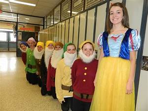Snow White and the seven dwarfs group halloween costume ...
